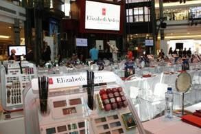 Elizabeth Arden - Biggest Make-Up School