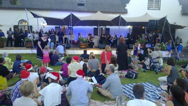 steenberg carols by candlelight, sound and lighting by av direct