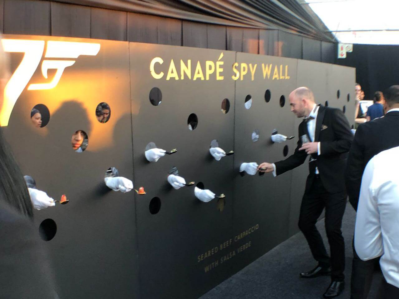 canape spy wall - set manufacture - av direct